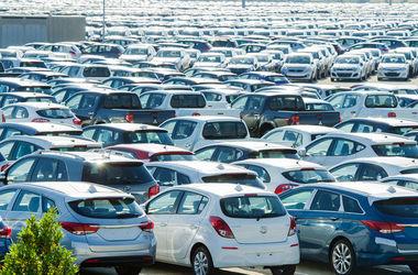 Автомобили продолжат дорожать