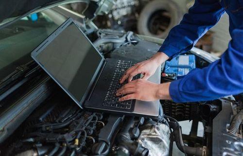 Автомобильная электроника. самое полное описание электрических и электронных систем автомобилей