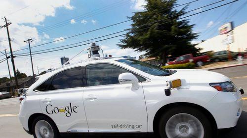Беспилотный «гугломобиль» впервые попал в аварию с пострадавшими