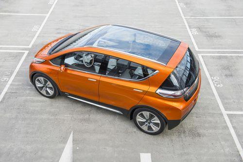 Chevrolet выпустит электромобиль «болт» в следующем году