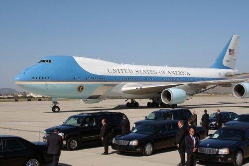 Cnn узнал обугрозе взрыва президентского самолета дональда трампа - «транспорт»