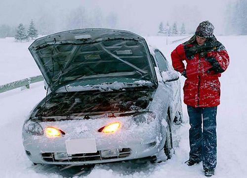 Для чего нужен и как работает утеплитель двигателя