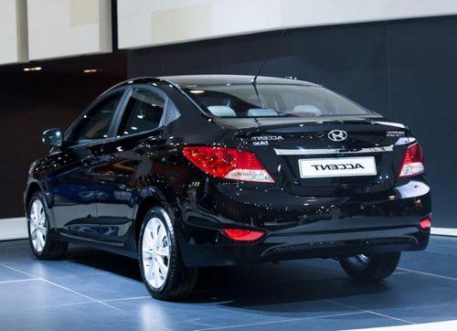 Hyundai accent получил новые фары и диски