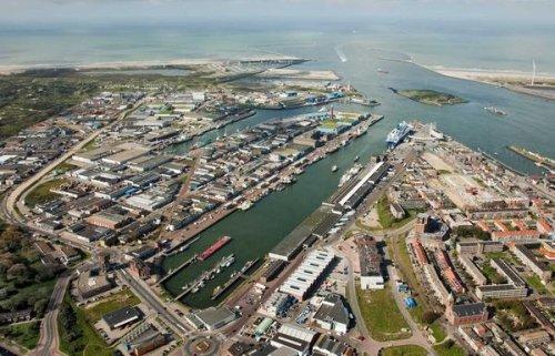 Экипаж задержанного впорту амстердама российского судна начал забастовку — происшествия, новости россии — eadaily - «транспорт»