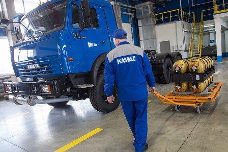 Камаз, газ, уаз и«автоваз» нацеливаются наиранский рынок - «транспорт»