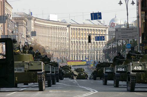 Крещатик и майдан незалежности перекроют 9 мая
