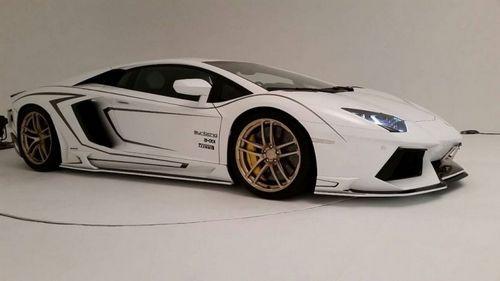 Lamborghini aventador lp 700-4 в настройке rowen japan