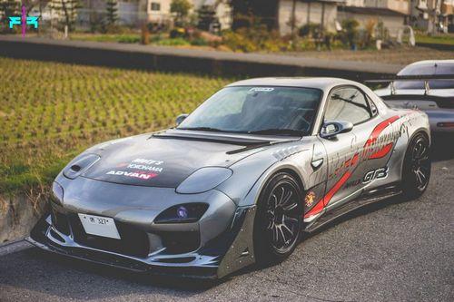 Mazda rx-7 в дизайне final form и fujita