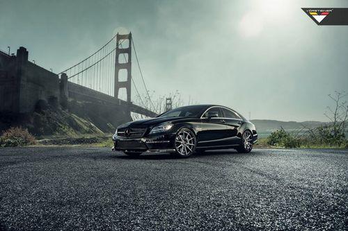Mercedes-benz cls63 amg obsidian black от vorsteiner