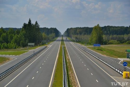 """Минтранс - о 120 км/ч на трассах: """"скоростных участков вскоре станет больше"""""""
