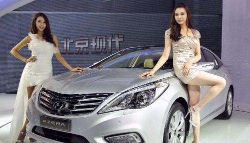 На автосалоне в шанхае запретили девушек-моделей