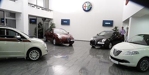 На открытии нового автосалона alfa romeo и lancia представили эксклюзивную модель