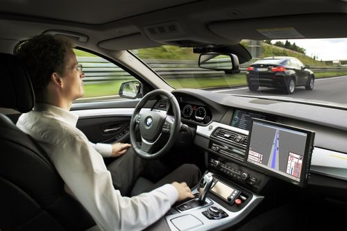 Немецкий автобан отдадут беспилотным машинам