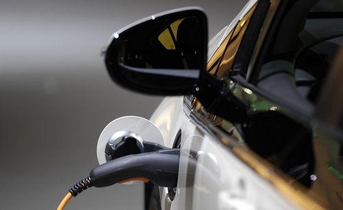 Новая разработка британских ученых сократит время зарядки электромобилей