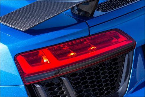 Обновлённый renault clio получил полностью светодиодную оптику