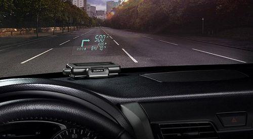 Первый портативный проекционный дисплей для любых автомобилей