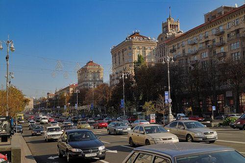 Платный въезд в центр киева предлагают в столичном гу мвд