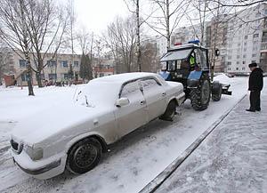 """""""Подснежники"""" при уборке улиц минска от снега будут эвакуировать"""