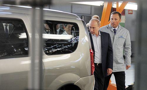 Санкции против россии могут больно ударить по «автовазу»