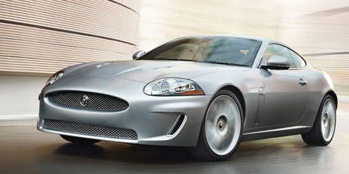 Спортивное купе jaguar xk (xkr) и кабриолет