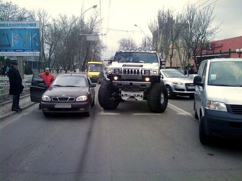Страховщики назвали самые «аварийные» машины украины