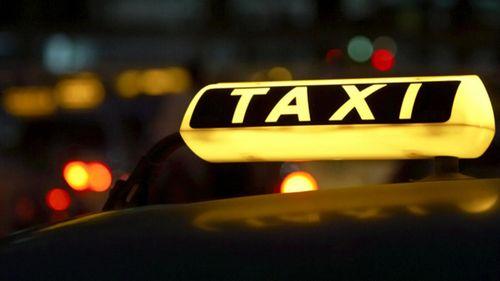 Таксистам пообещали проверки с 1 апреля