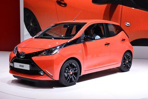 Тойота приблизила показатели бензиновых моторов к дизельным