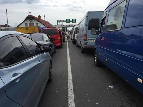 Украина повысит пошлины на автотранспорт из россии