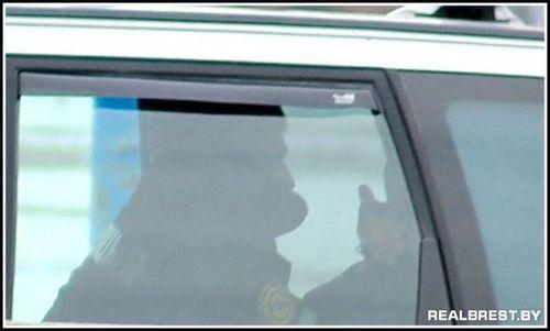 В бресте сотрудники гаи ловят на скорость... из багажника гражданской машины