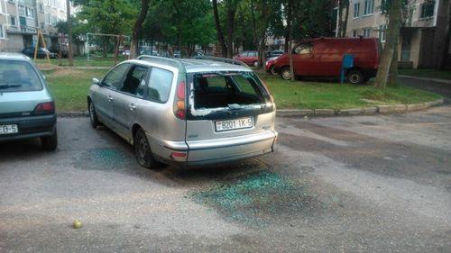 В молодечно задержали хулиганов, разбивших более 30 машин