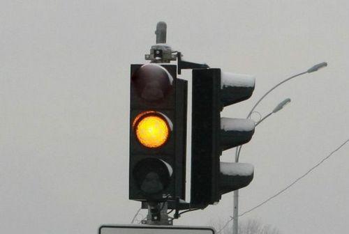 В снегопад на перекрестках киева будут отключать светофоры