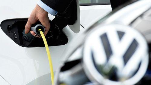 Volkswagen тянется к розетке («газета.ru»)