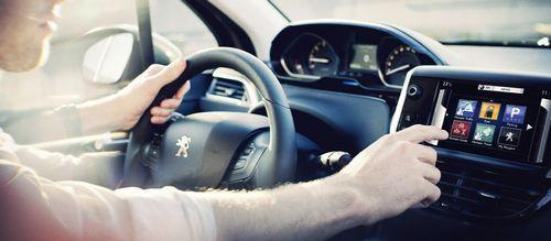 Восемь способов, c помощью которых автопроизводители заставляют нас покупать новые автомобили