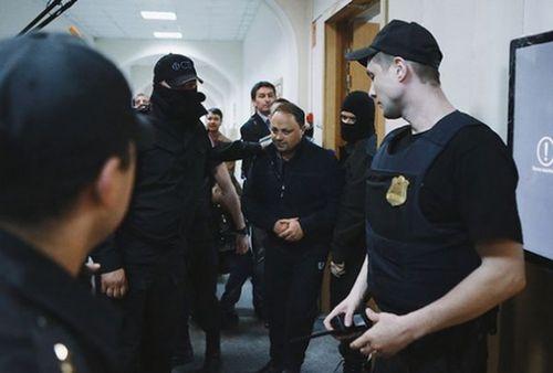 Защита обжалует арест мэра владивостока: рассчитывали на«нечто иное» - «транспорт»