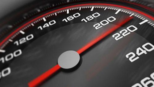 """Знаки """"120"""" на трассе установили раньше, чем перенастроили камеры. водители ждут """"писем счастья"""""""